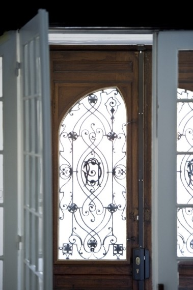 Intricate Art Nouveau details in the entrance.