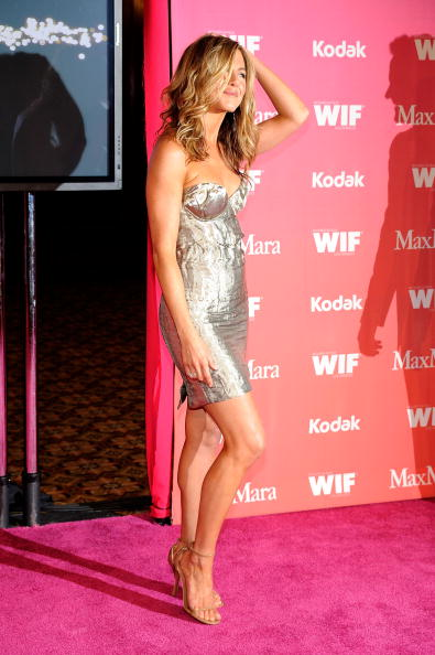 CENTURY CITY, CA - JUNE 12: Actress Jennifer Aniston arrives at the Women In Film 2009 Crystal And Lucy Awards at the Hyatt Regency Century Plaza Hotel on June 12, 2009 in Century City, California. (Photo by Frazer Harrison/Getty Images)