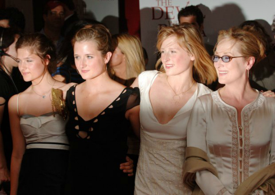 meryl-streep-and-daughters_new