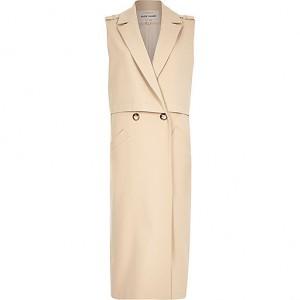 r Island sleeveless coat
