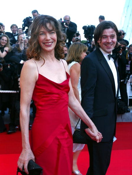 405407 11: French actress Jane Birkin and an unidentified companion arrive for the opening ceremony at the 55th International Film Festival May 15, 2002 in Cannes, France. Twenty-two films are competing for the prestigious Palme d''Or prize at the film jamboree on the French Riviera. (Photo by Pascal Le Segretain/Getty Images)