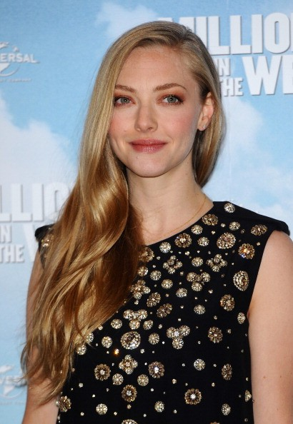 "LONDON, ENGLAND - MAY 27: Amanda Seyfried attends photocall to promote ""A Million Ways To Die In The West"" on May 27, 2014 in London, England. (Photo by Anthony Harvey/Getty Images)"