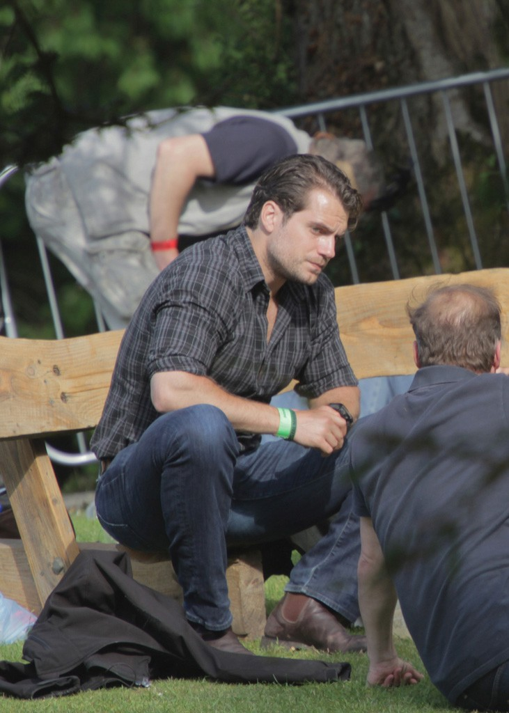 Henry Cavill (Man of Steel) relaxing at Groove Festival in Kilruddery Estate, Bray on Saturday 4th of July photographed by Eamonn Murphy of 132 Nephin Road Cabra Dublin 7 DOB: 26/02/1993 eamonn.m93@gmail.com 087 645 2460