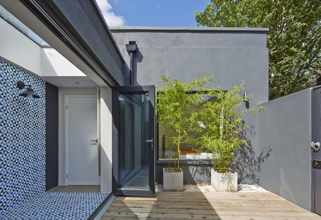 Foreign Bear Studio - Fassett Square Project on image.ie