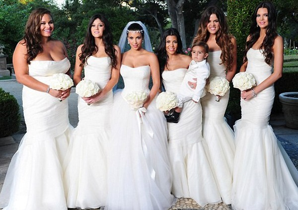 It's common nowadays for the entire bridal party to wear white.