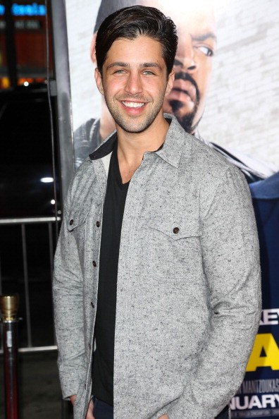 HOLLYWOOD, CA - JANUARY 13: Actor Josh Peck attends the premiere of Universal Pictures''Ride Along' at TCL Chinese Theatre on January 13, 2014 in Hollywood, California. (Photo by Imeh Akpanudosen/Getty Images)