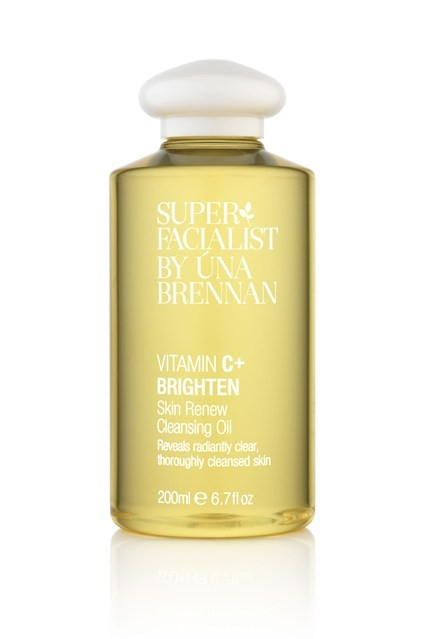 This Vitamin C+ Brightening Oil by Una Brennan is great for Double Cleansing.