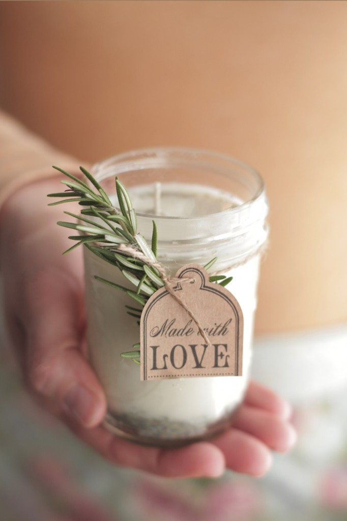 how-to-make-homemade-candles-5-682x1024