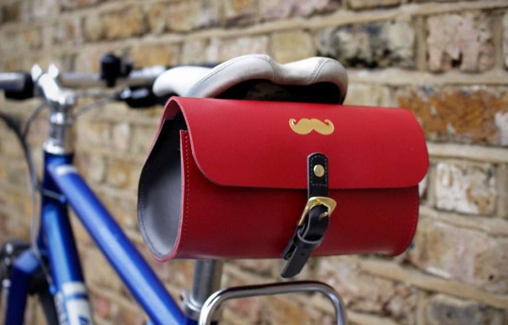 mo_saddle_bag_on_bike