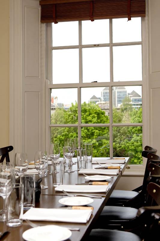 Pigs Ear Restaurant, Dublin. May 2010. Photos - Paul Sherwood paul@sherwood.ie www.sherwood.ie 00 353 87 230 9096 Mobile Copyright 2010