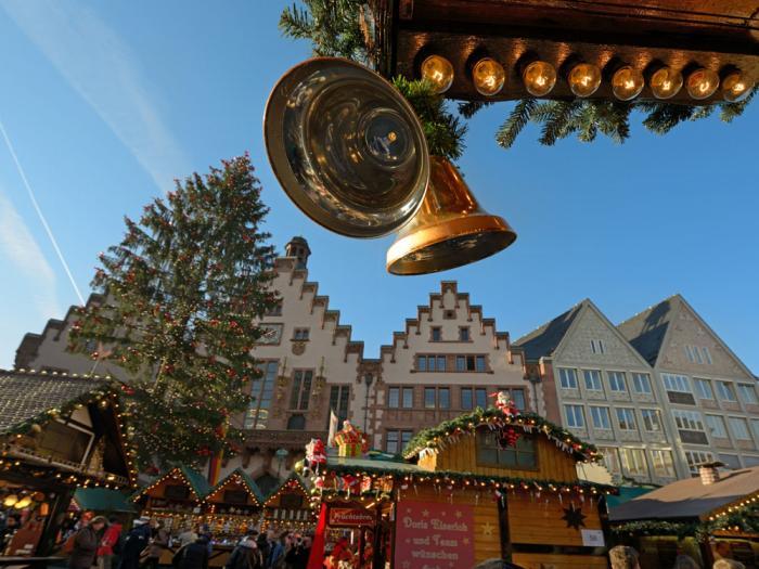 Weihnachtsmarkt_front_magnific