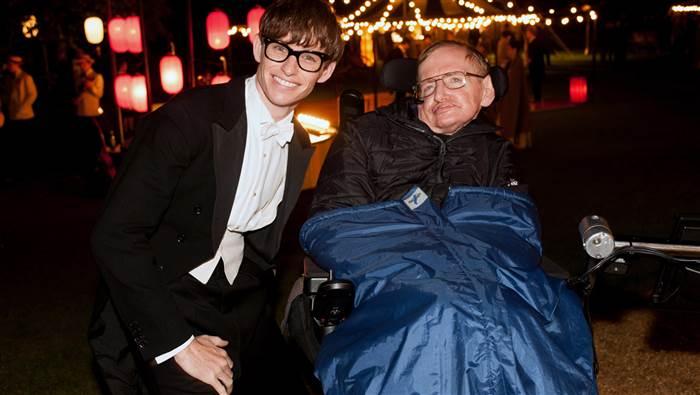 Professor Stephen Hawking with actor Eddie Redmayne