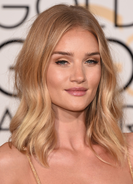 BEVERLY HILLS, CA - JANUARY 10: Actress Rosie Huntington-Whiteley attends the 73rd Annual Golden Globe Awards held at the Beverly Hilton Hotel on January 10, 2016 in Beverly Hills, California. (Photo by Jason Merritt/Getty Images)