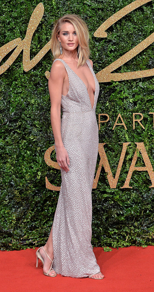 LONDON, ENGLAND - NOVEMBER 23: Rosie Huntington Whiteley attends the British Fashion Awards 2015 at London Coliseum on November 23, 2015 in London, England. (Photo by Anthony Harvey/Getty Images)