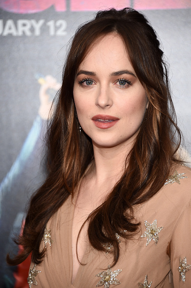 "NEW YORK, NY - FEBRUARY 03: Actress Dakota Johnson attends the New York premiere of ""How To Be Single"" at the NYU Skirball Center on February 3, 2016 in New York City. (Photo by Dimitrios Kambouris/Getty Images)"
