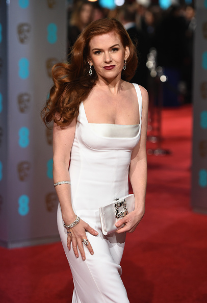 LONDON, ENGLAND - FEBRUARY 14: Isla Fisher attends the EE British Academy Film Awards at the Royal Opera House on February 14, 2016 in London, England. (Photo by Ian Gavan/Getty Images)
