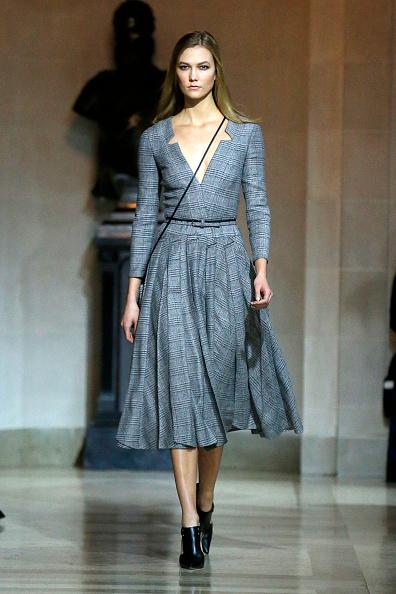 NEW YORK, NY - FEBRUARY 15: Model Karlie Kloss walks the runway wearing Carolina Herrera Fall 2016 during New York Fashion Week on February 15, 2016 in New York City. (Photo by JP Yim/Getty Images)