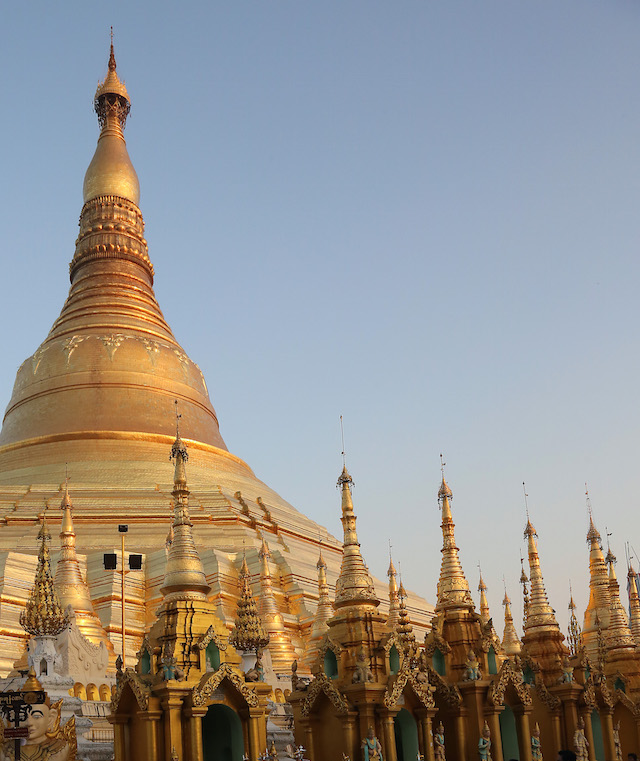 Shwedagon Paya0071