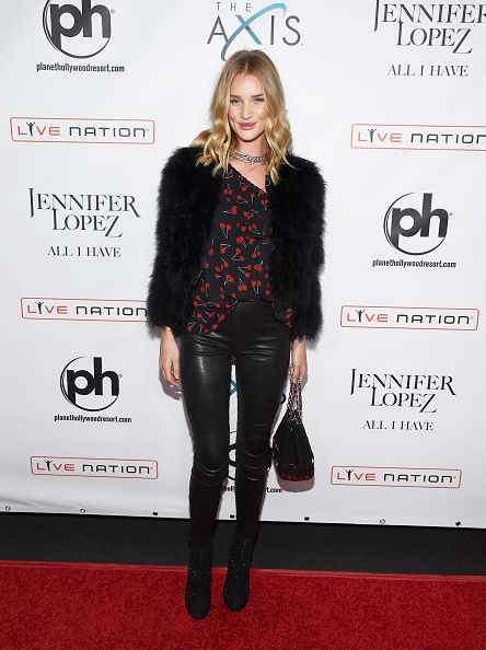 """LAS VEGAS, NV - JANUARY 20: Actress/model Rosie Huntington-Whiteley attends the launch of Jennifer Lopez's residency """"JENNIFER LOPEZ: ALL I HAVE"""" at Planet Hollywood Resort & Casino on January 20, 2016 in Las Vegas, Nevada. (Photo by Ethan Miller/Getty Images)"""