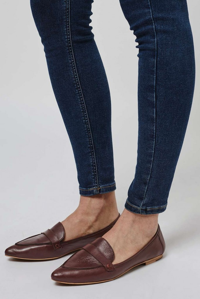 KIMI Pointed Loafer €52 Topshop