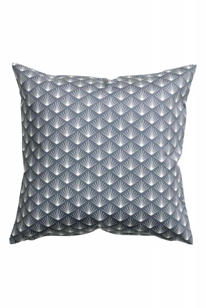 Patterned cushion cover €4.99