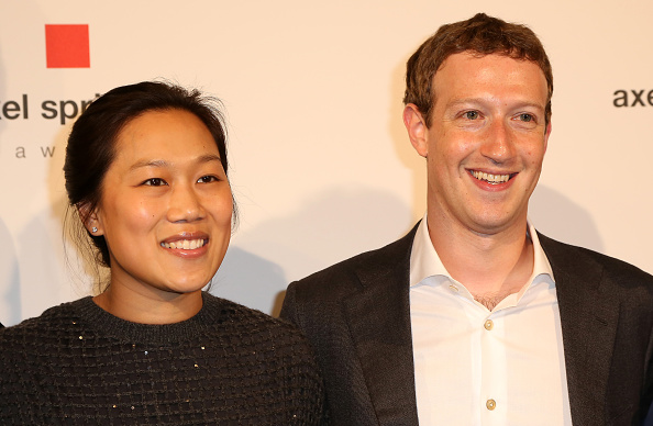 BERLIN, GERMANY - FEBRUARY 25: Mark Zuckerberg (R) and Priscilla Chan arrive for the presentation of the first Axel Springer Award on February 25, 2016 in Berlin, Germany. (Photo by Adam Berry/Getty Images)