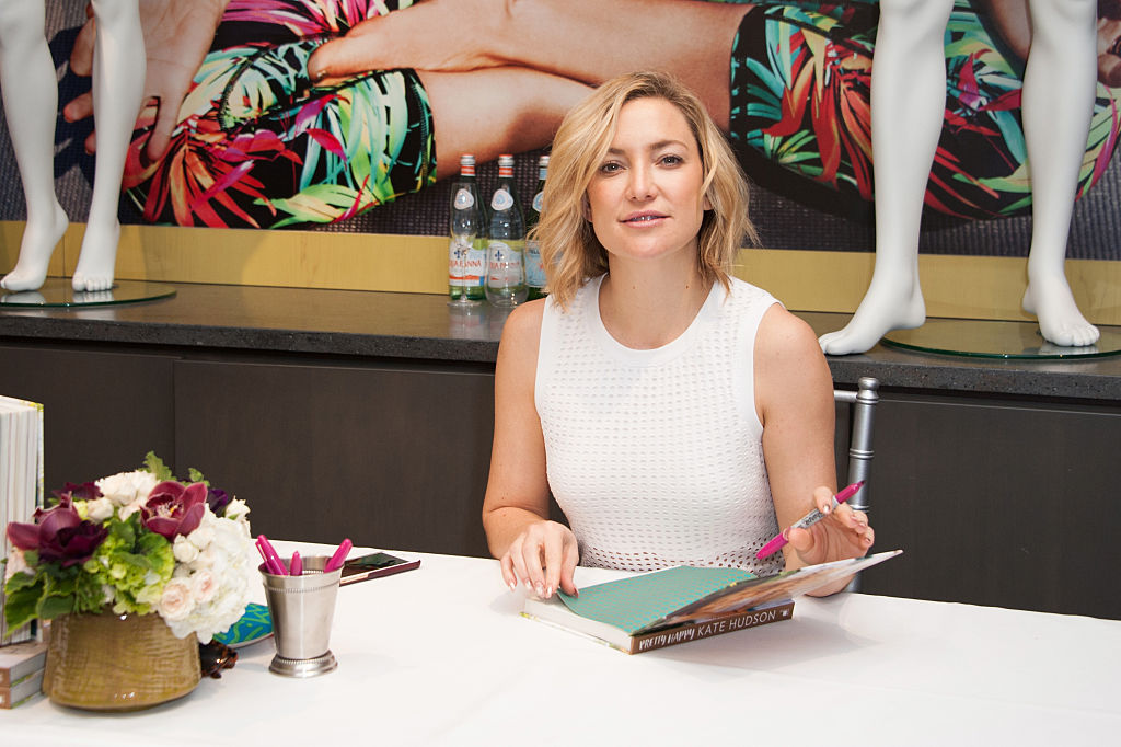 """Kate Hudson Book Signing For """"Pretty Happy"""""""