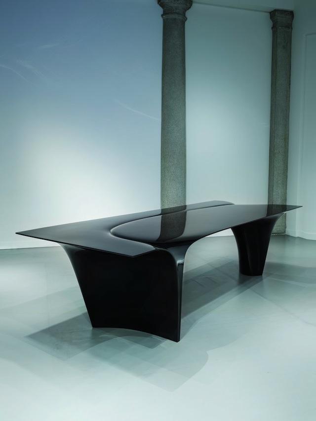 Mew Table by Zaha Hadid for Sawaya&Moroni