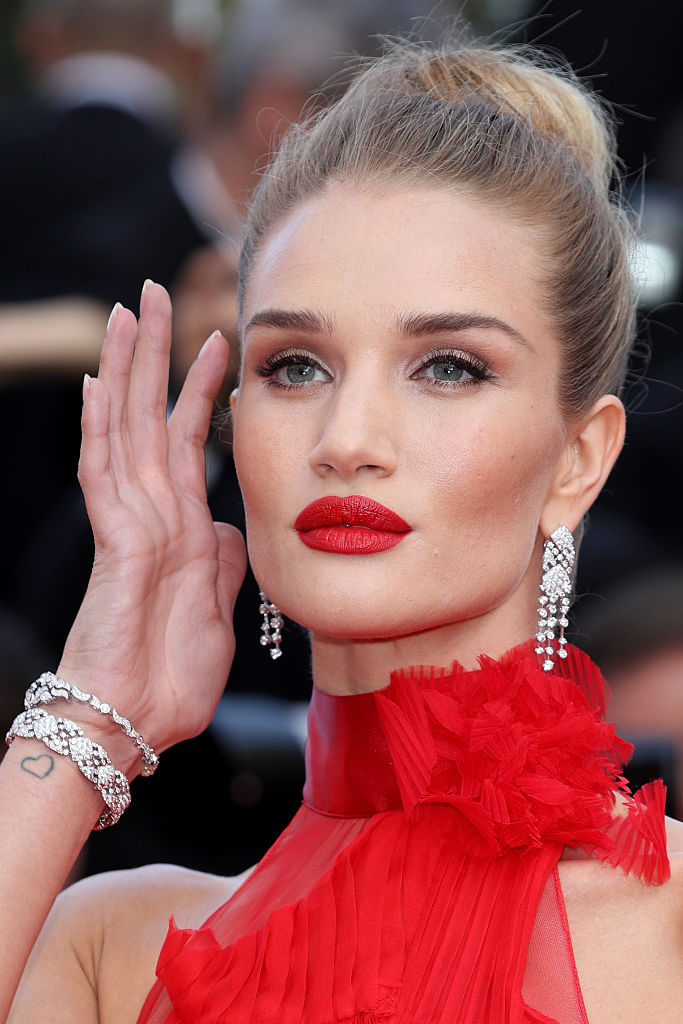 "CANNES, FRANCE - MAY 18: Model Rosie Huntington-Whiteley attends ""The Unknown Girl (La Fille Inconnue)"" Premiere during the 69th annual Cannes Film Festival at the Palais des Festivals on May 18, 2016 in Cannes, France. (Photo by Andreas Rentz/Getty Images)"