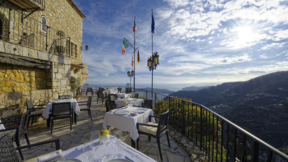 hotel-chateau-eza-galleryview-terrace-ext-2-1