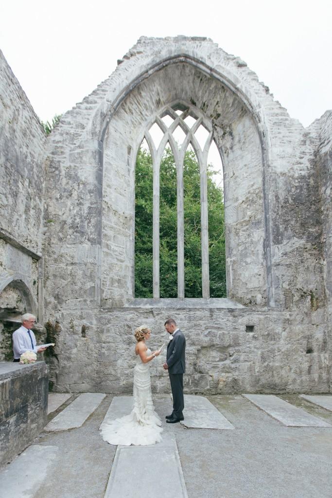Photo by Bartek Weddings