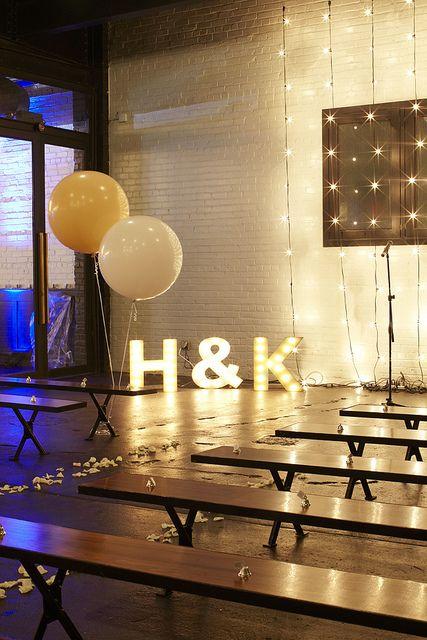 decoracion-de-bodas-estilo-industrial-con-luces