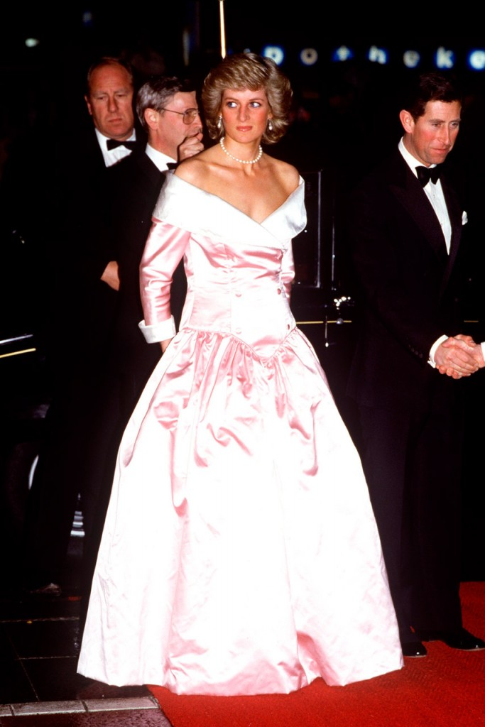 diana-wearing-a-catherine-walker-gown-in-1987-read-more-at-http-www-marieclaire-co-ukfashionprincess-diana-s-dresses-the-truth-behind-her-most-famous-fashion-moments-116675ywwfhugqiaoal62j-99