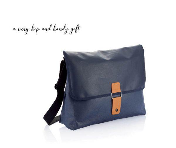 Designist messenger bag