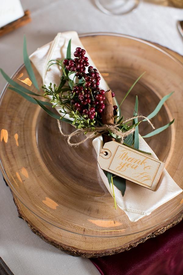 rustic-christmas-wedding-decoration-ideas-00004