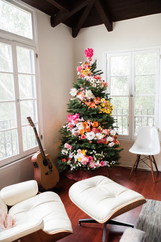 Design Love Fest floral Christmas tree