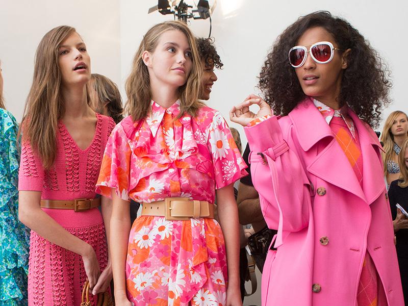 fashion-shopping-pink