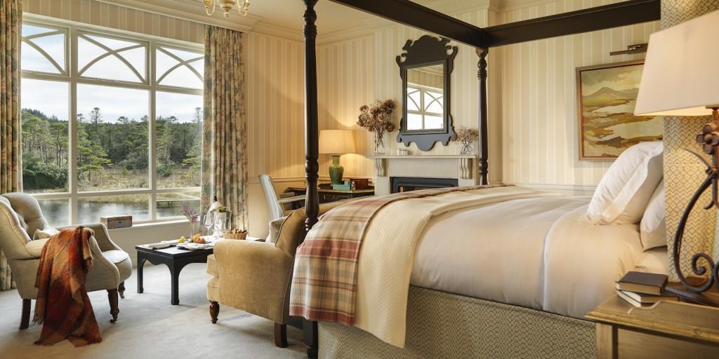 ballynahinch-luxury-bedroom