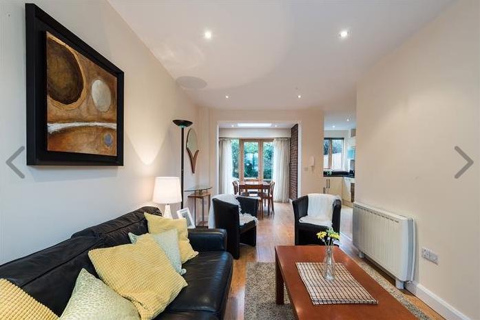 Drumcondra, living room