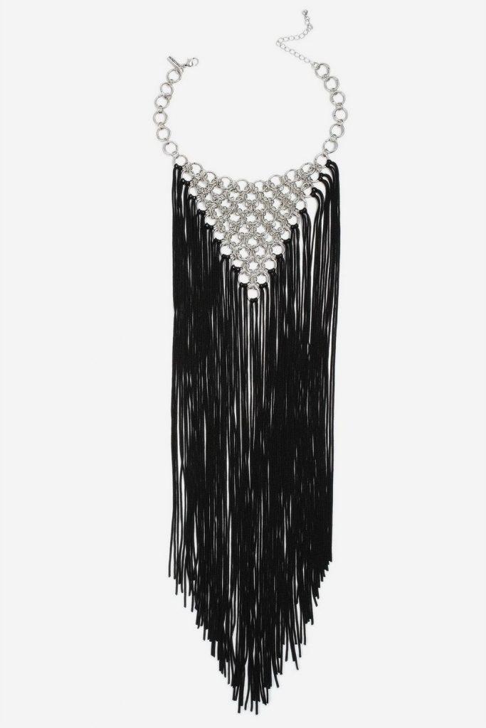 Tassel link statement collar necklace, €25 at topshop.com