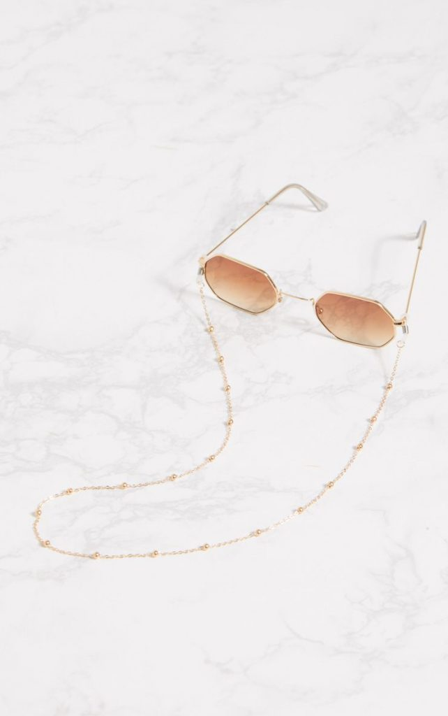 Gold beaded sunglasses chain, €6 at prettylittlething.com