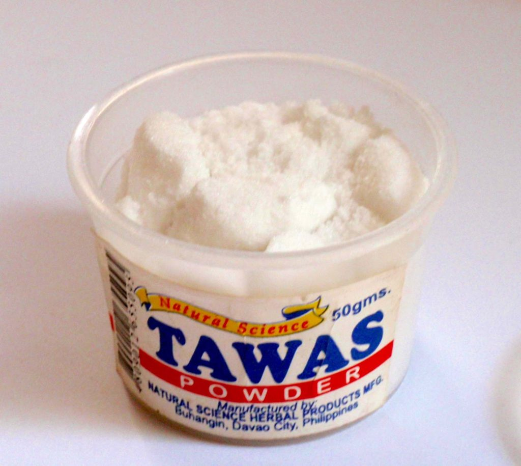 Tawas Whitening powder: a cheap, readily available whitening product used by the Asia-Pacific market.