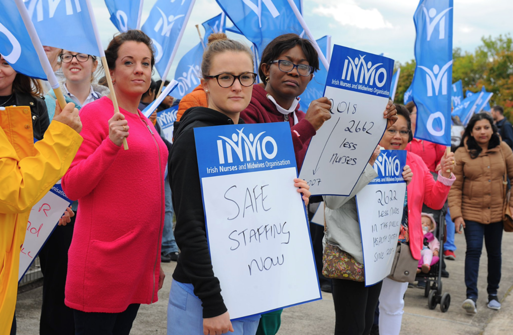 Irish nurses and midwives in Sydney supporting the strike!