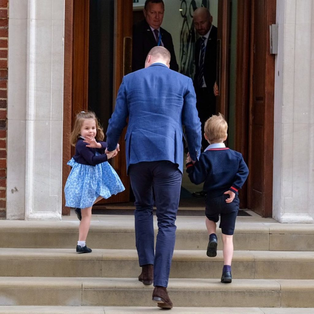Princess Charlotte and Prince George and Prince William, photo by Kensington Palace