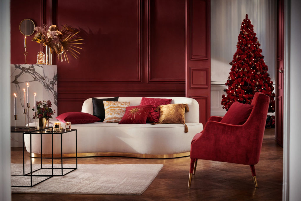 Red Christmas Tree Anyone The 5 Key Decor Trends To Know About This Festive Season