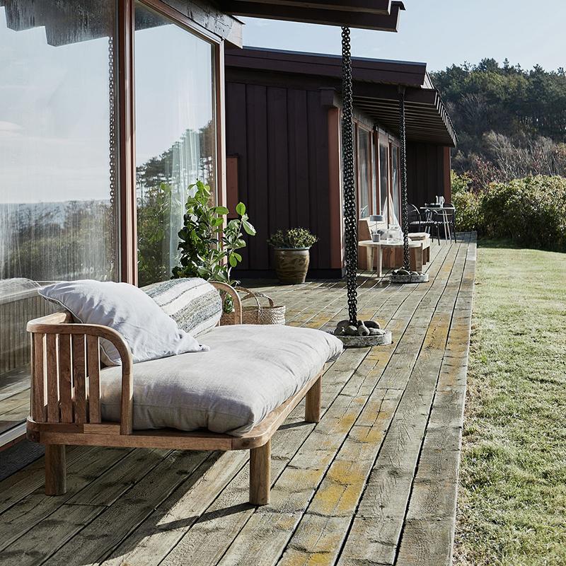 Woo Design's Morena nature daybed