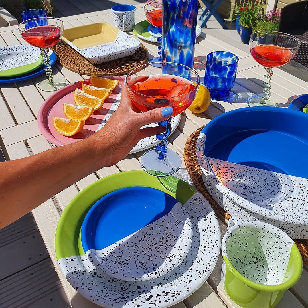 Summery interiors buys under €30