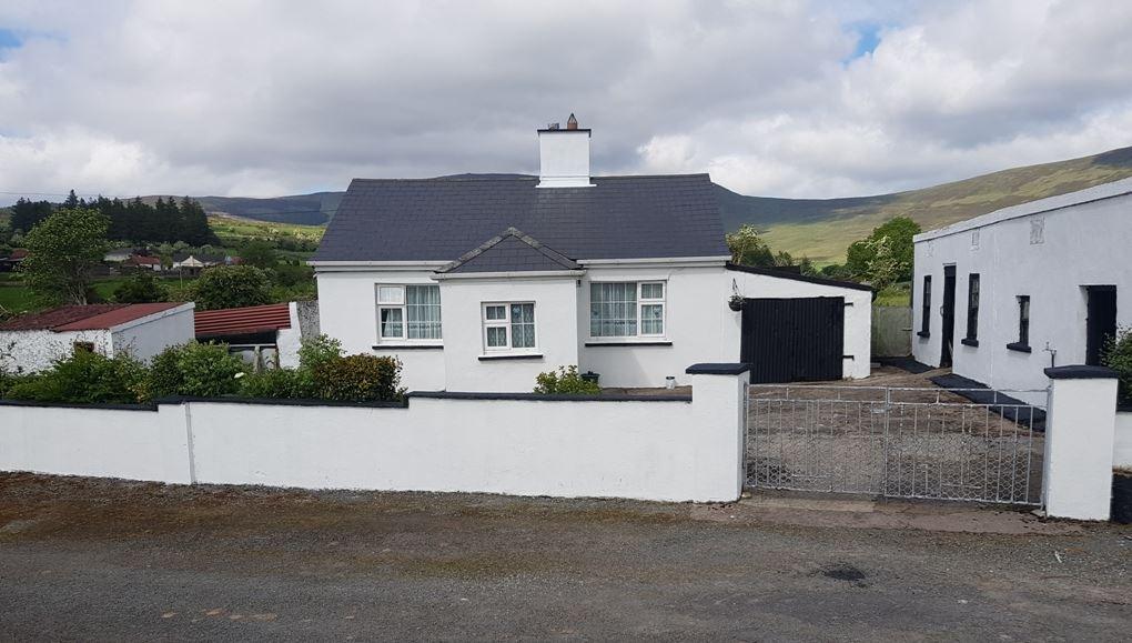 mountainside homes around Ireland